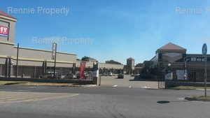 Retail Shops to rent in Dalpark Carnival Centre, Ref: 217022
