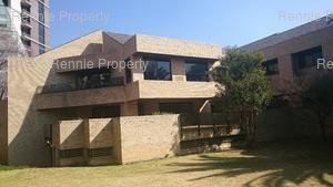 Office to rent in Sandton Central Rochester Place, Ref: 210491