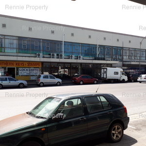 Retail Shops to rent in Parow East Boe Building, Ref: 185504