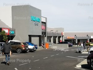 Retail Shops to rent in Halfway Gardens Midway Mews Shopping Centre, Ref: 219328