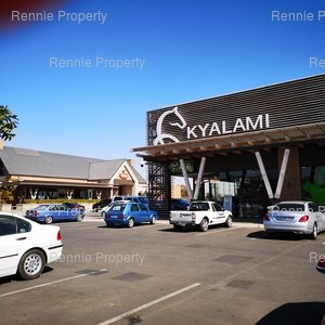 Retail Shops to rent in Kyalami Kyalami Corner, Ref: 175142