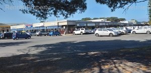 Retail Shops to rent in Meadowridge Park N Shop - Meadowridge, Ref: 207711
