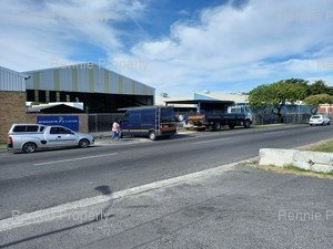 Warehouse to rent in Ottery 29 Plantation Road - Ottery, Ref: 220327